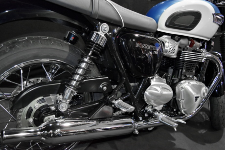 chrome, famous, motorcycle, vehicle, transportation, automotive, wheel, engine