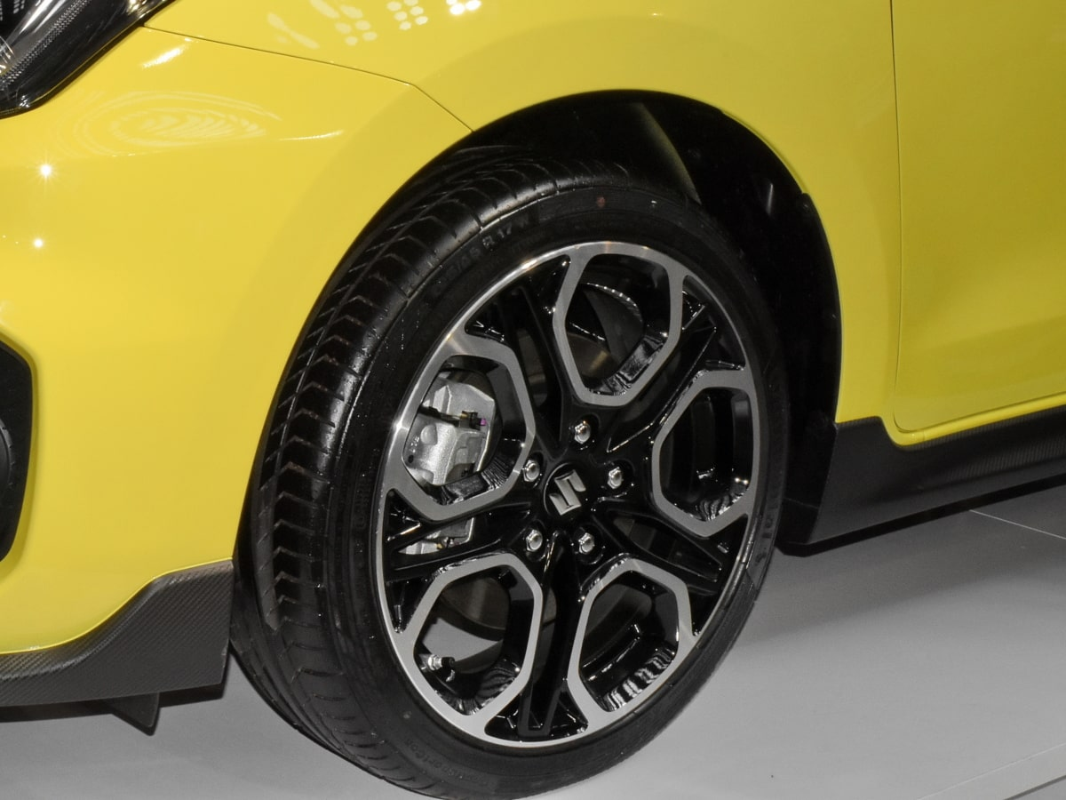 alloy, aluminum, rim, sedan, sports car, yellow, automotive, tire