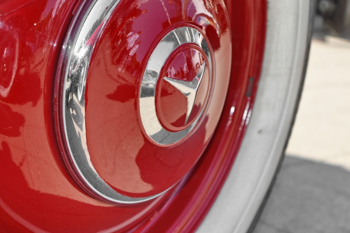 old fashioned, red, reflection, wheel, machine, car, vehicle, chrome