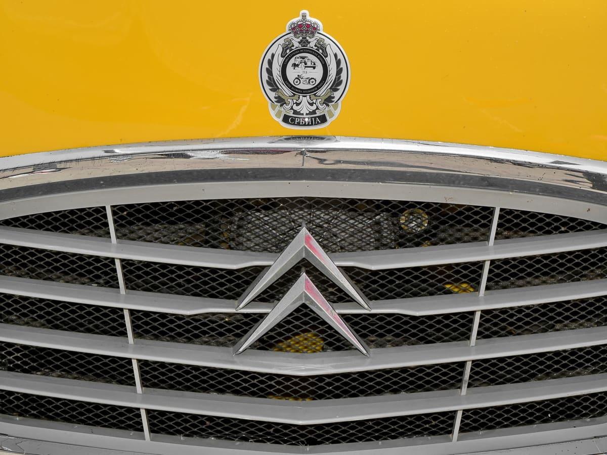 car, modern, vehicle, building, design, front, reflection, ventilation