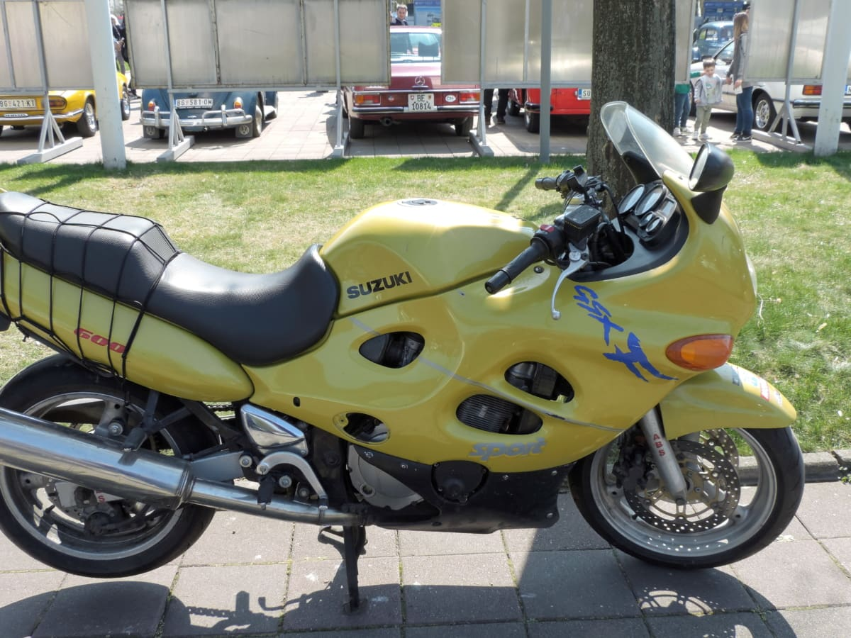 modern, motorcycle, parking lot, yellowish, chrome, drive, engine, exhibition