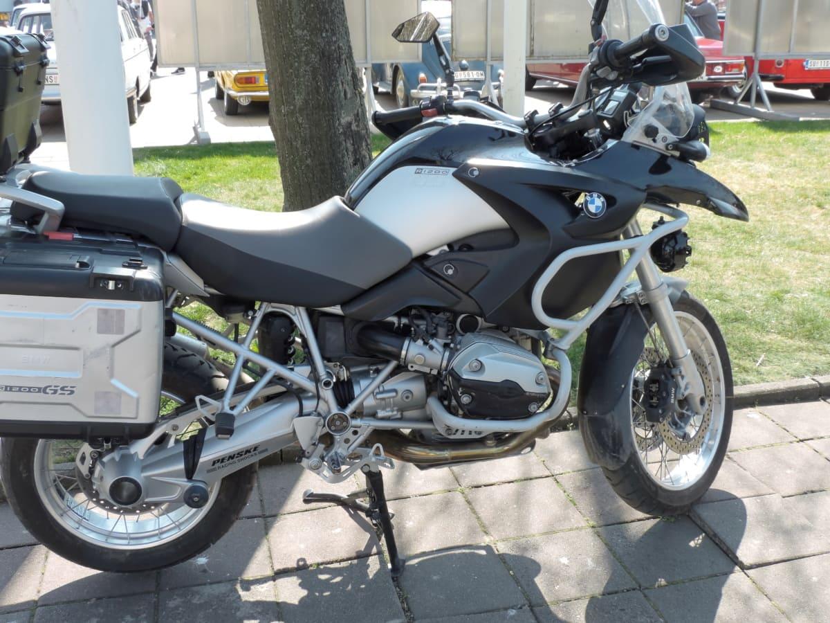motorcycle, parking lot, bike, drive, engine, exhibition, fast, machine