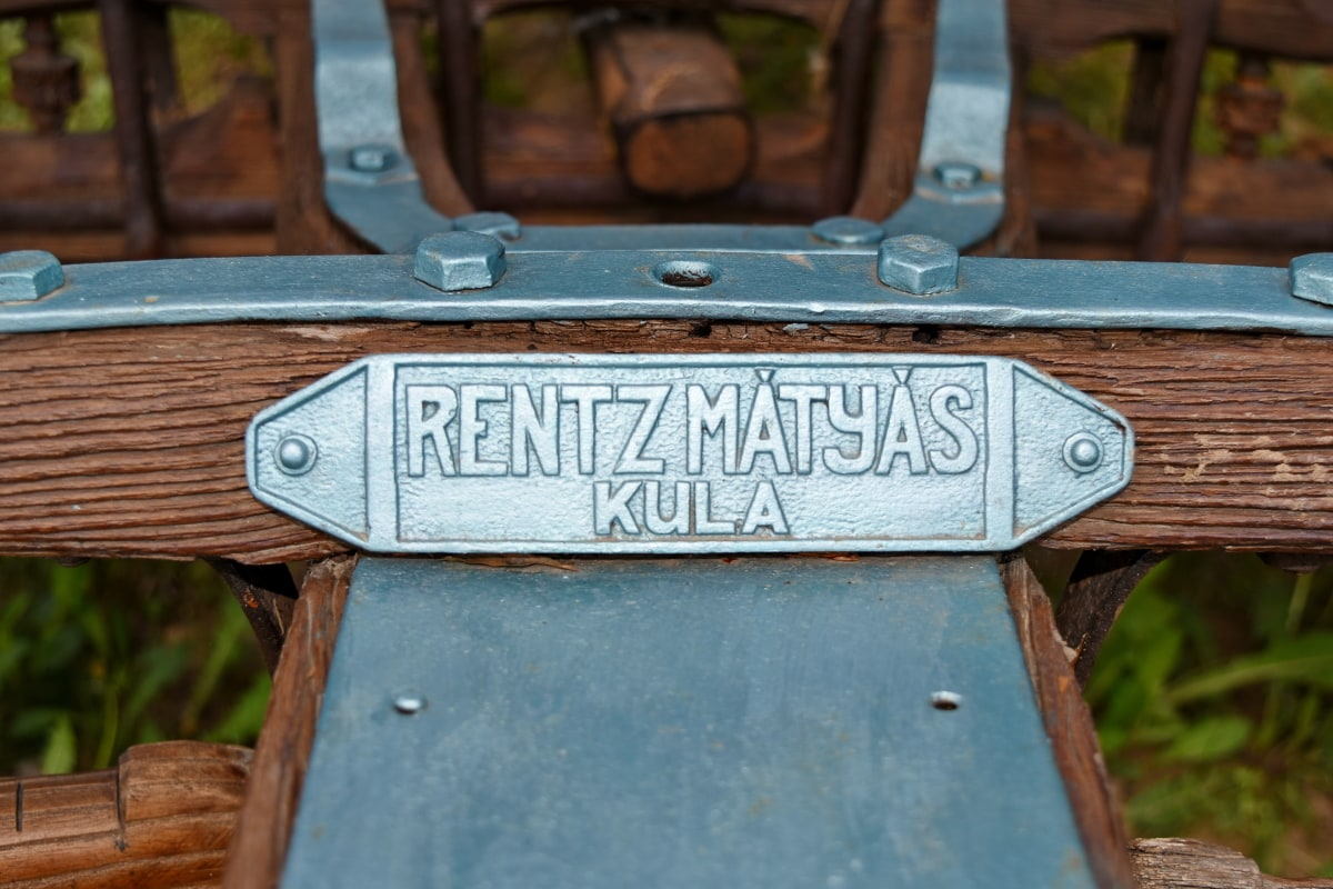 old, sign, wood, steel, iron, wooden, outdoors, vintage