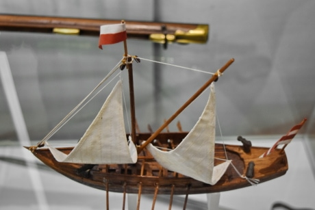 toyshop, watercraft, sailboat, ship, sail, rope, boat, wood