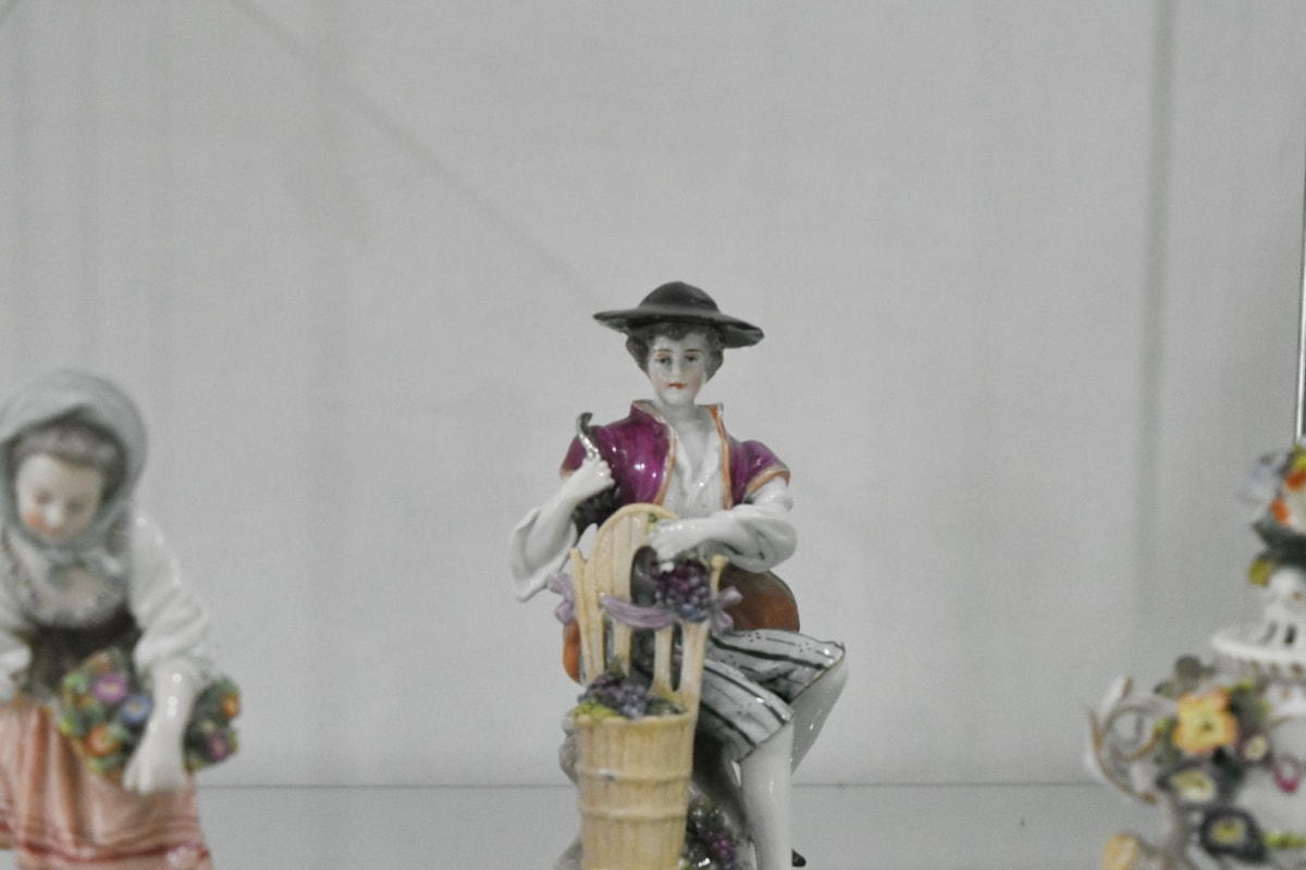 ceramics, porcelain, portrait, girl, festival, man, competition, toy