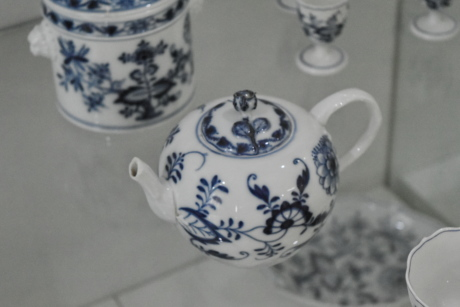 antiquity, ceramics, teapot, drink, porcelain, cup, tableware, pottery