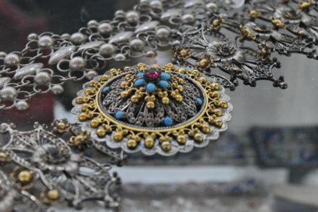 necklace, jewelry, decoration, beads, luxury, precious, shining, upclose