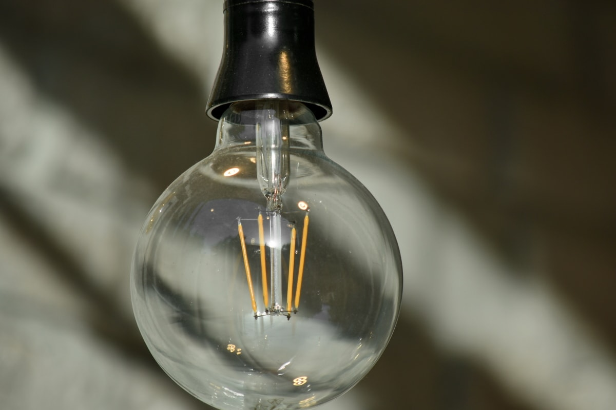 bulb, light bulb, glass, lamp, electricity, still life, reflection, indoors, blur, energy