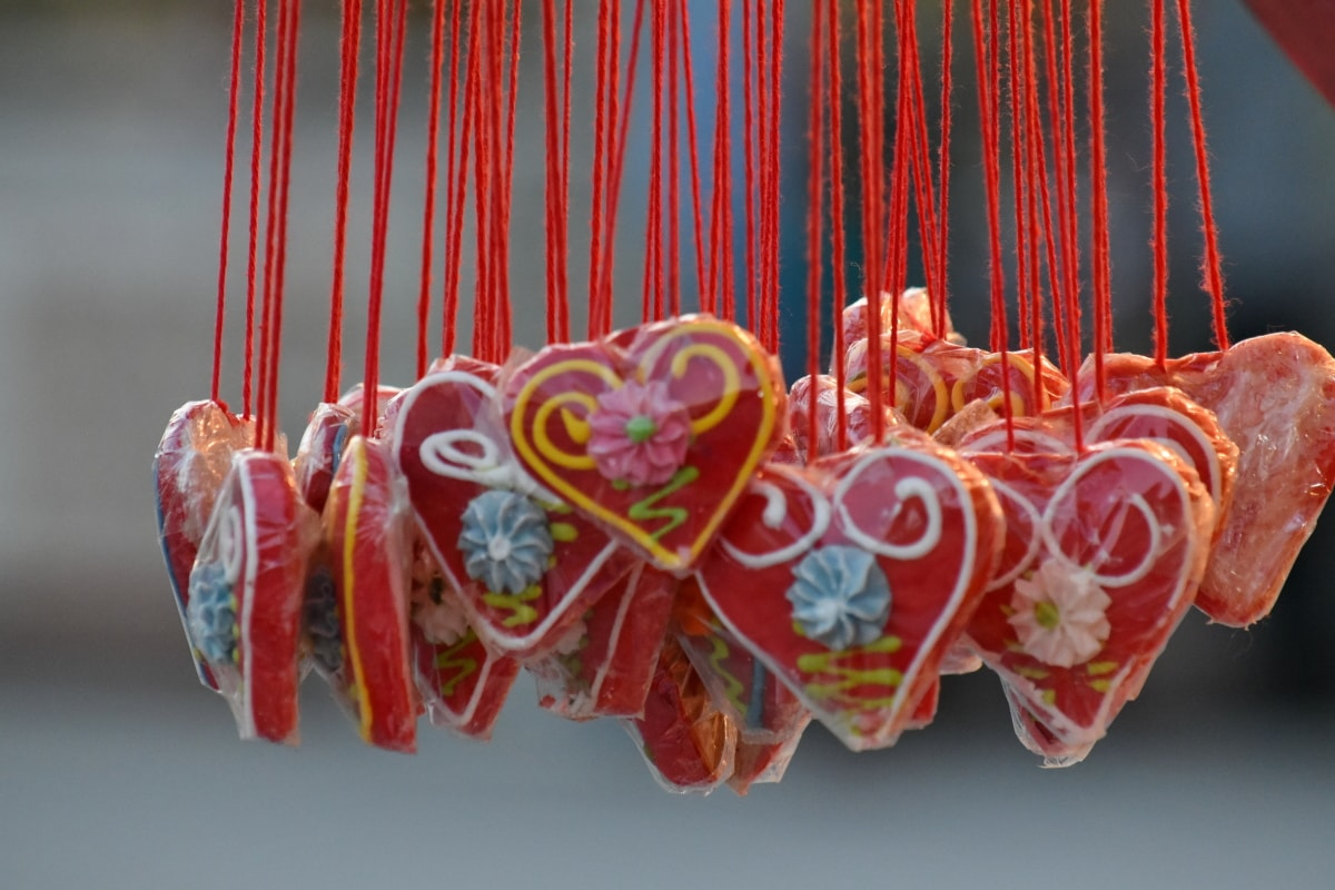 hanging, hearts, love, Valentine's day, decoration, celebration, color, traditional, bright, design