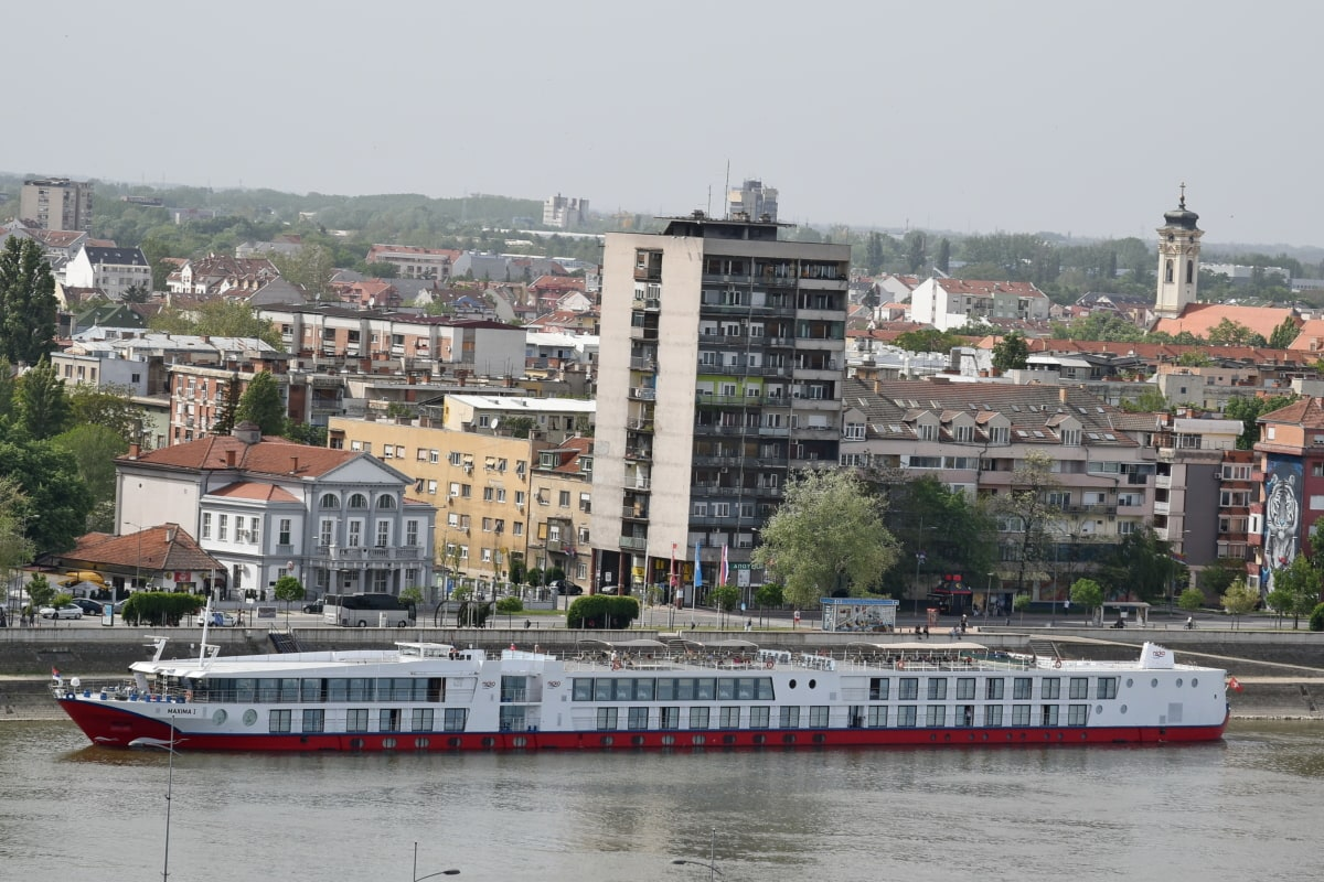 cruise ship, downtown, ship, tourist attraction, travel, water, waterfront, river, watercraft, architecture