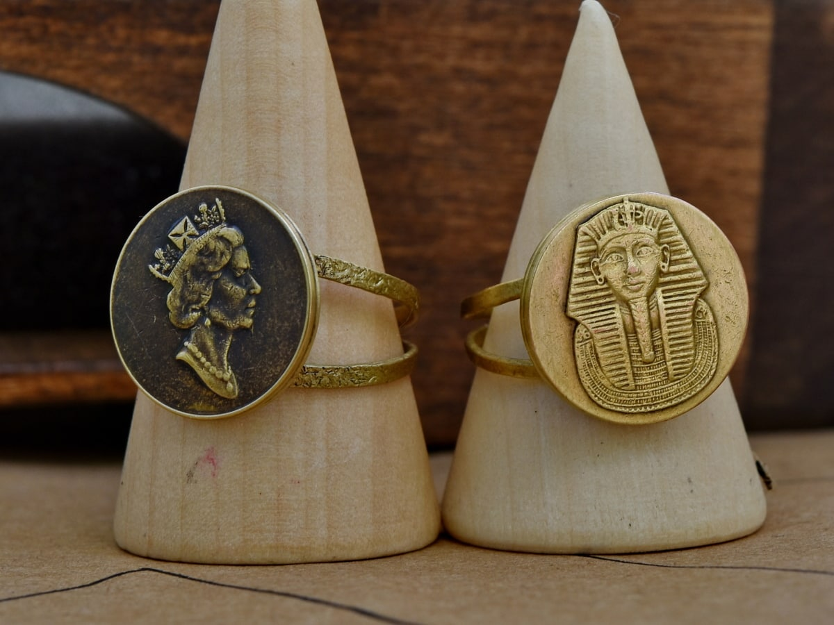 Egypt, England, gold, rings, wood, wooden, traditional, old, vintage, antique