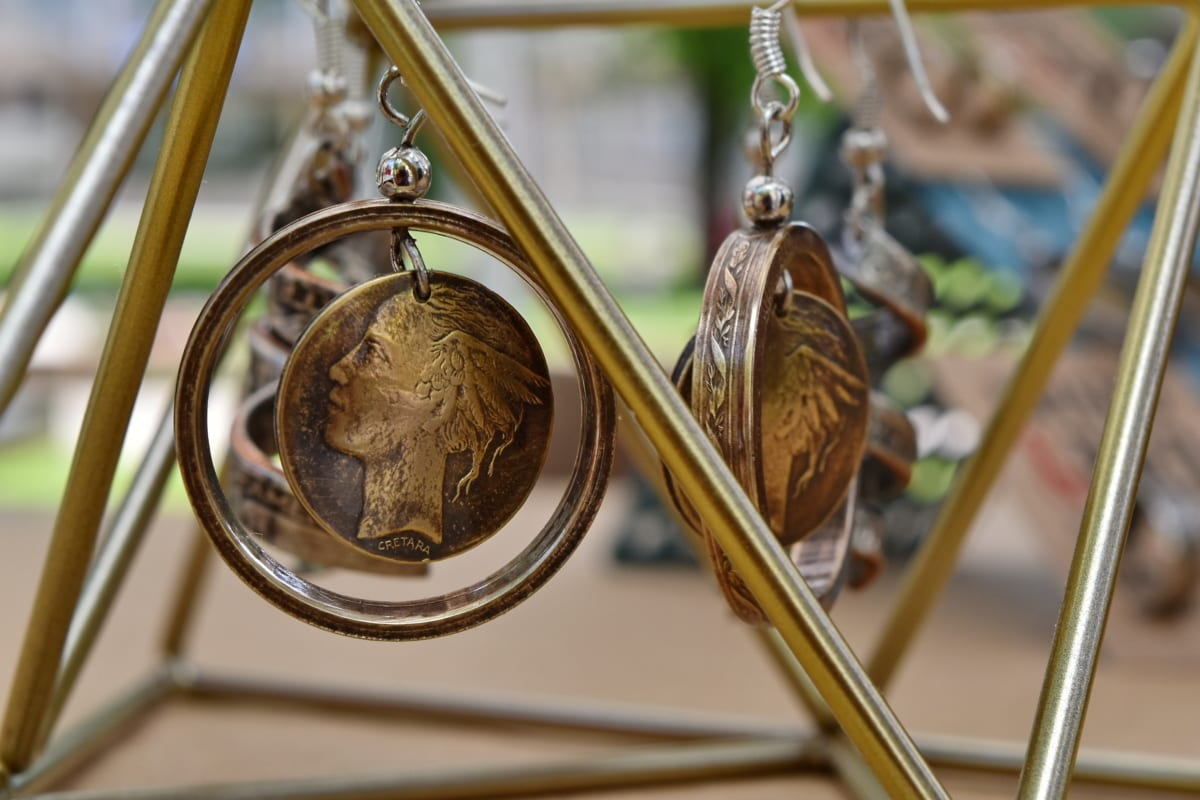 handmade, hanging, jewelry, metal, brass, nature, luxury, outdoors, antique, traditional