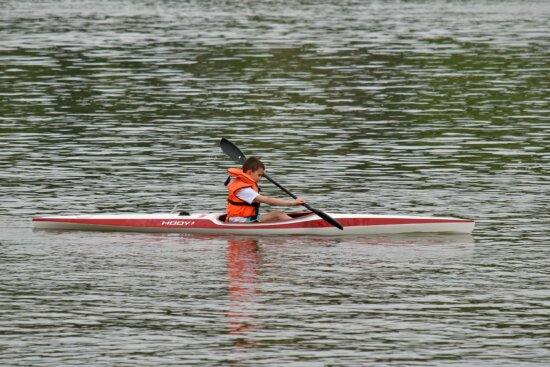 competition, canoe, race, paddle, water, oar, kayak, athlete, watercraft, action