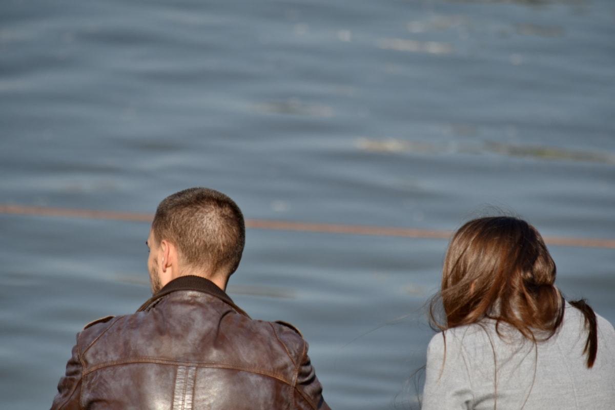 přítel, požívat, přítelkyně, relaxace, pospolitosti, voda, lidé, jezero, reflexe, portrét