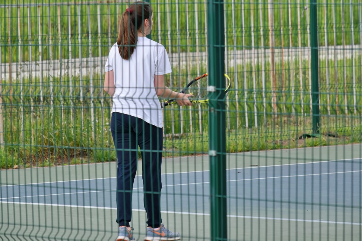 pretty girl, tennis, tennis court, tennis racket, sport, outdoors, fence, young, woman, lifestyle