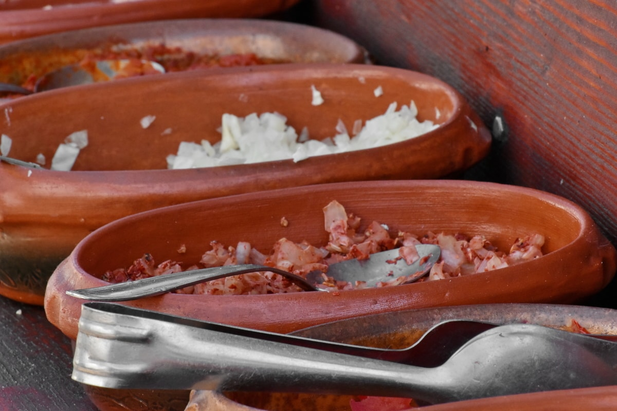 fast food, dish, food, cooking, pork, traditional, wood, bowl, container, dinner