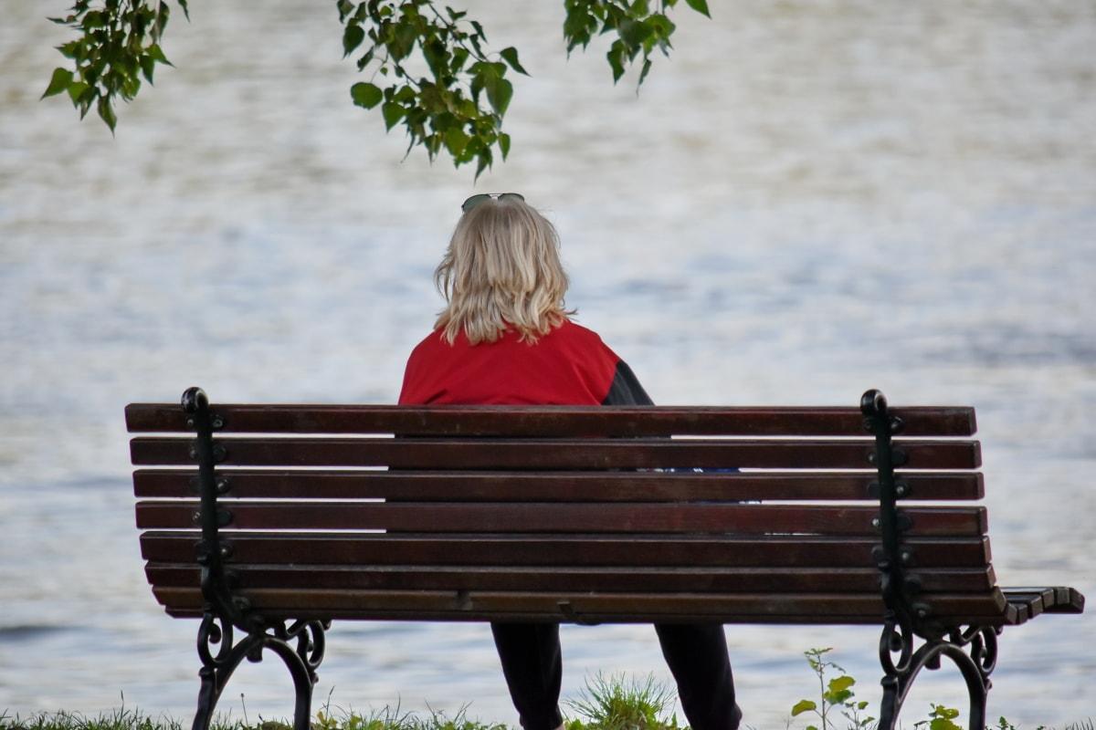 ブロンドの髪, 女性, ベンチ, 公園, アウトドア, 座席, 自然, レジャー, 水, 夏