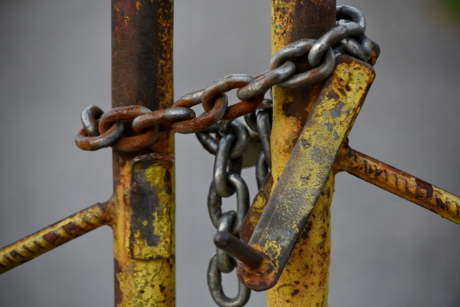 chain, fence, gate, metal, rust, steel, lock, strength, safety, old