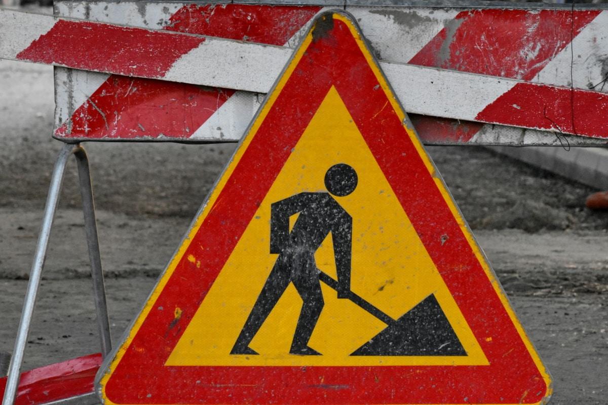 uwagi, należy zachować ostrożność, znak, Kontrola ruchu, ruchu, bezpieczeństwa, alarm, Trójkąt, Ostrzeżenie, drogi