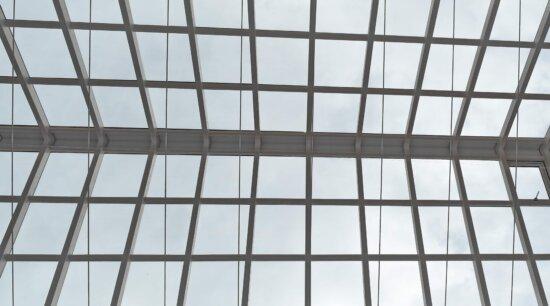 Atrium, toit, fenetres, verre, Création de, fenêtre, architecture, moderne, géométrique, en acier