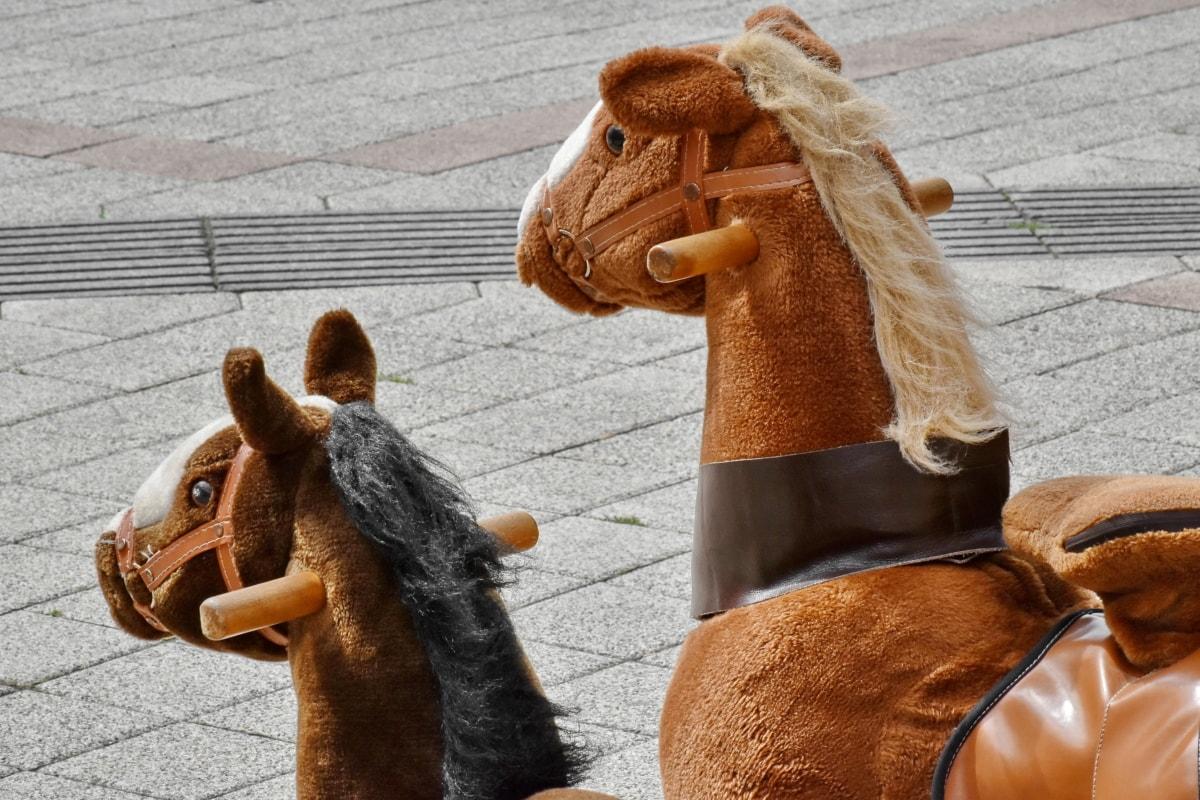 hnedá, ručná práca, kôň, plyš, pouličné, hračka, maskot, jazdectvo, zábava