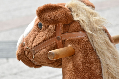 detail, handle, horse, object, outdoor, toy, outdoors, cute, brown, mascot