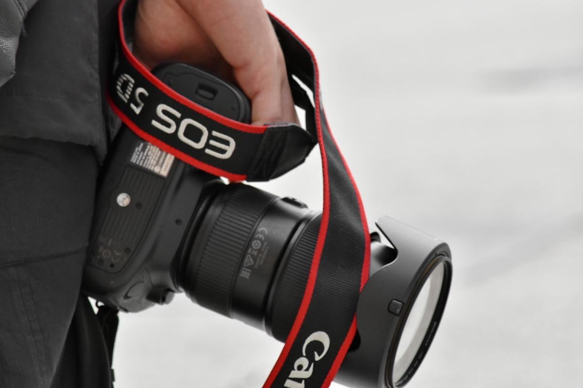 appareil photo, main, photographe, objectif, équipement, Zoom, à l'extérieur, homme, Electronics, technologie