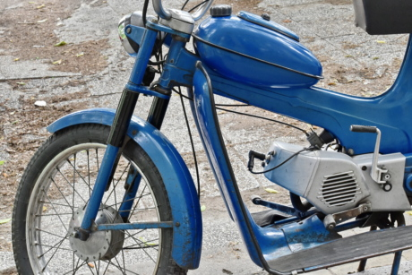 wheel, moped, minibike, bike, device, motorcycle, seat, bicycle, tire, vehicle