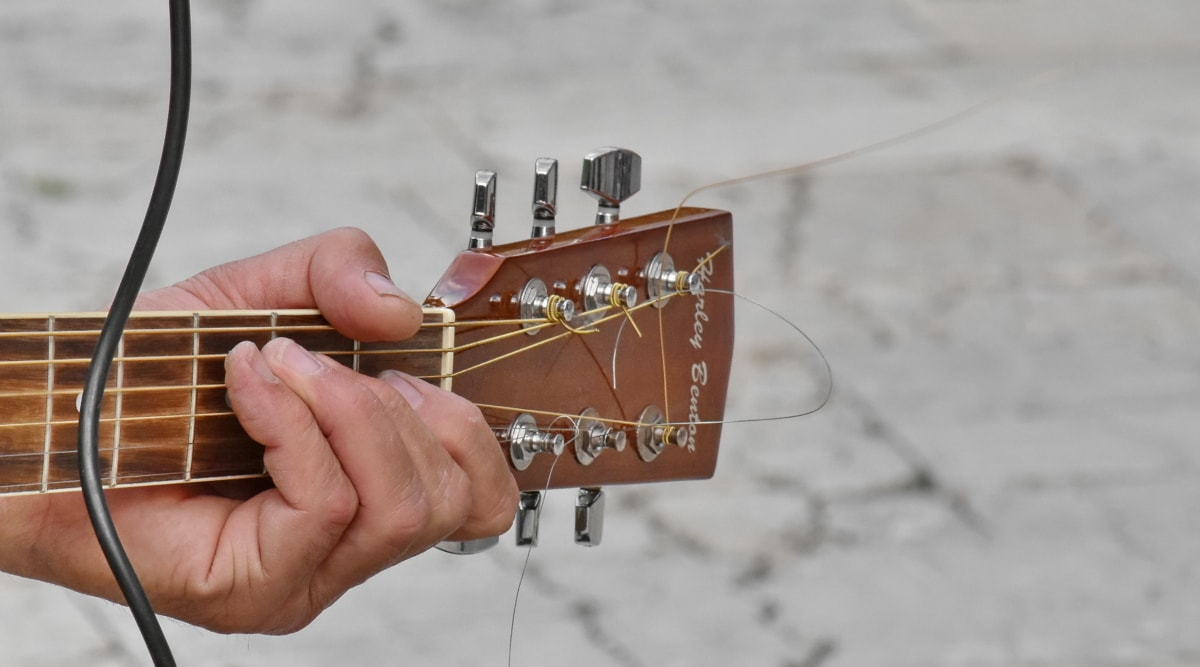 akustická, prst, kytarista, ruka, kytara, hudba, přístroj, muž, venku, hudebník