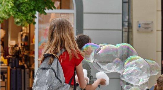 bubble, children, happiness, school child, schoolgirl, girl, people, portrait, street, beautiful