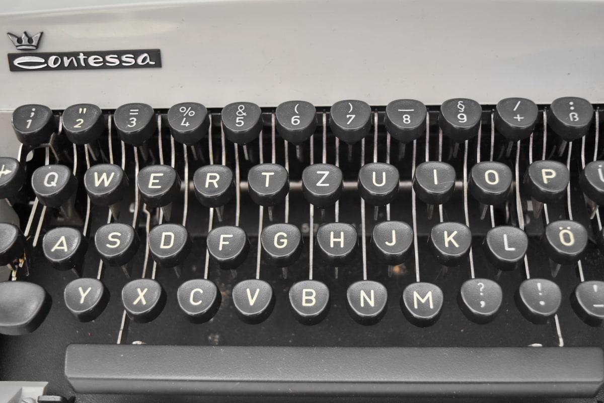 สีดำและสีขาว, แป้นพิมพ์, อุปกรณ์, เครื่องพิมพ์ดีด, ตัวอักษร, เทคโนโลยี, อุปกรณ์, ความคิดถึง, การสื่อสาร, วารสารศาสตร์