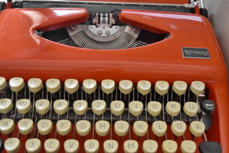 nostalgia, device, antique, keyboard, typewriter, equipment, portable, old, technology, vintage