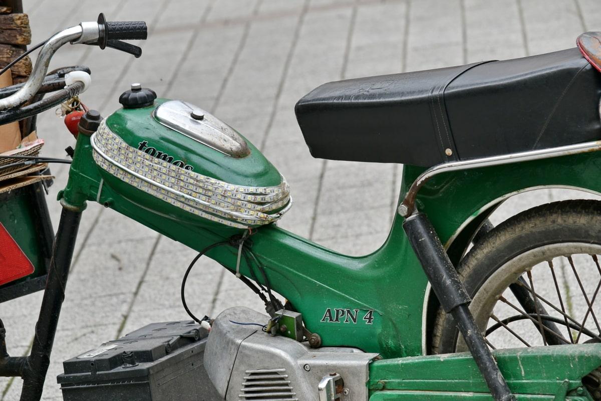 velho, moda antiga, moto, veículo, ciclomotor, roda, minibike, clássico, ao ar livre, antiguidade