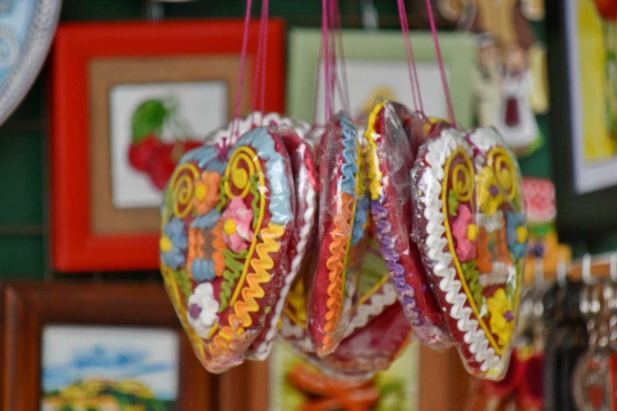 украшения, сердце, любовь, питание, традиционные, хлебобулочные изделия, Конфеты, ручной работы, рынок, в помещении