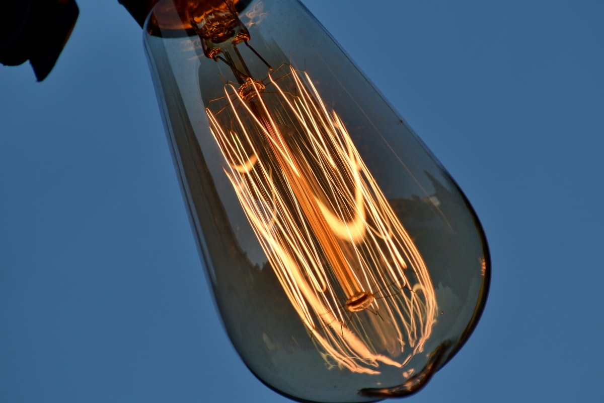 svetlo, žiarovka, drôty, elektrickej energie, svetlé, príroda, sklo, vonku, tmavé, vysoká