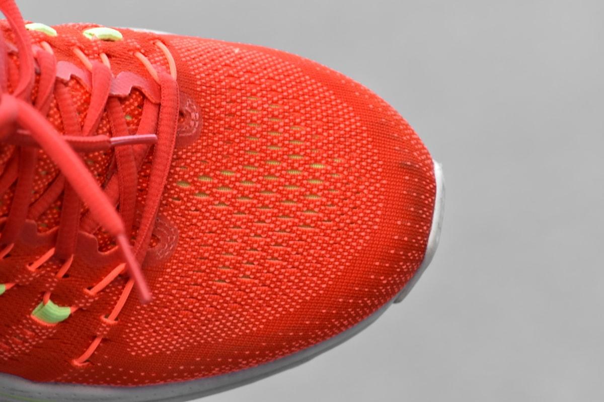 rødlig, shoelace, joggesko, mote, fottøy, skinner, rekreasjon, farge, fortsatt liv, luksus