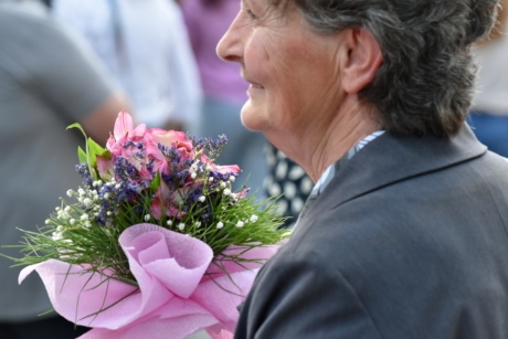 businessperson, businesswoman, ceremony, granny, pensioner, woman, arrangement, decoration, flowers, bouquet