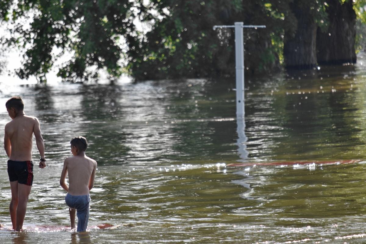 meninos, inundação, paisagem, recreação, fato de banho, água, Costa, beira do lago, Lago, pessoas