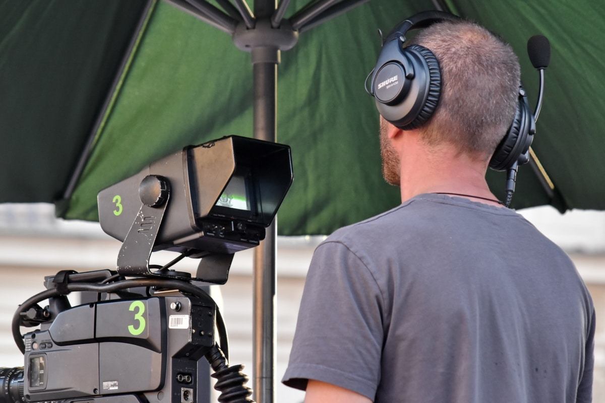 employee, television news, video recording, worker, man, equipment, photographer, lens, technology, outdoors
