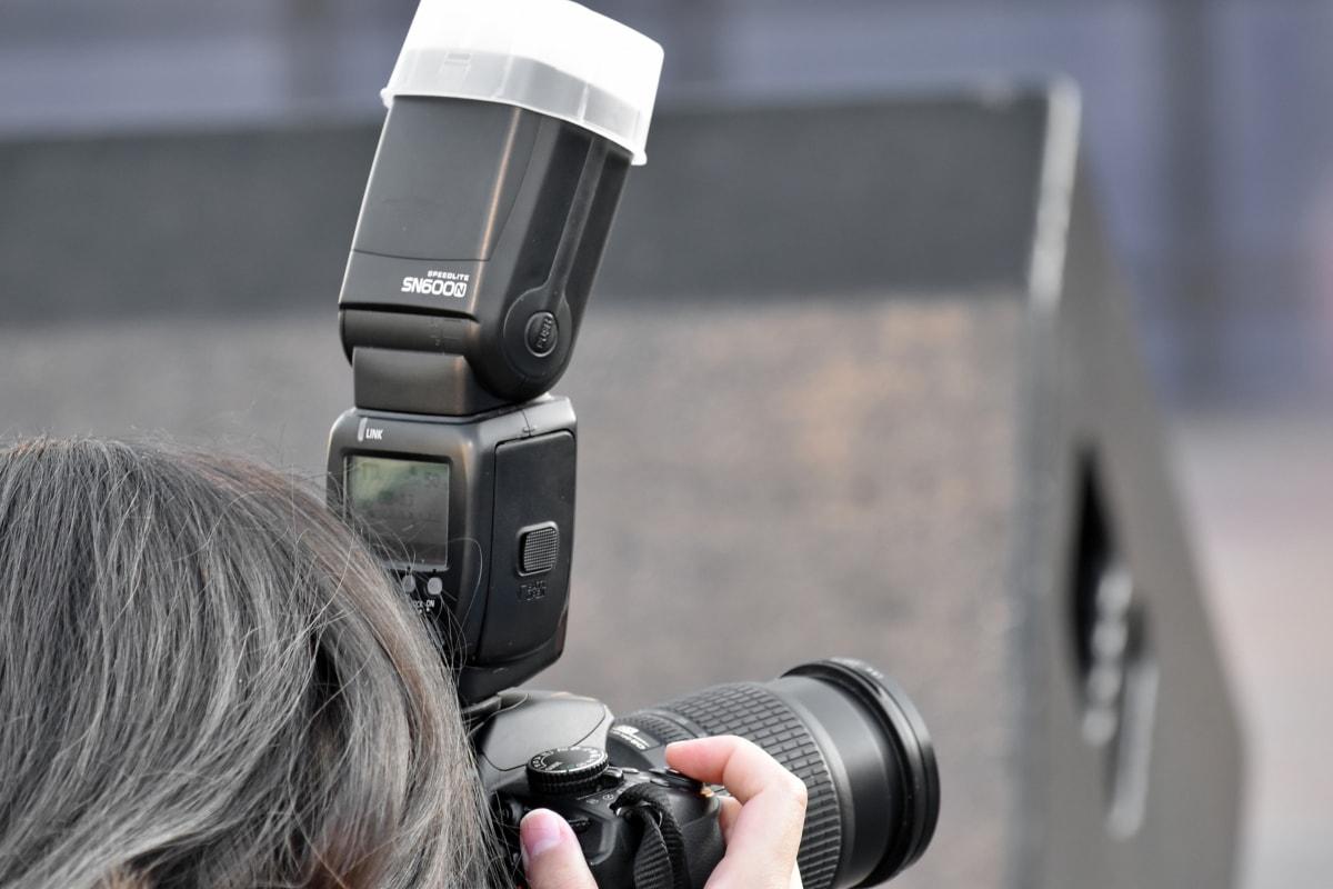 ช่างภาพ, ผู้หญิง, เลนส์, กล้อง, อุปกรณ์, อิเล็กทรอนิกส์, เครื่องจักร, เทคโนโลยี, กิจกรรมกลางแจ้ง, กล้องดิจิตอล