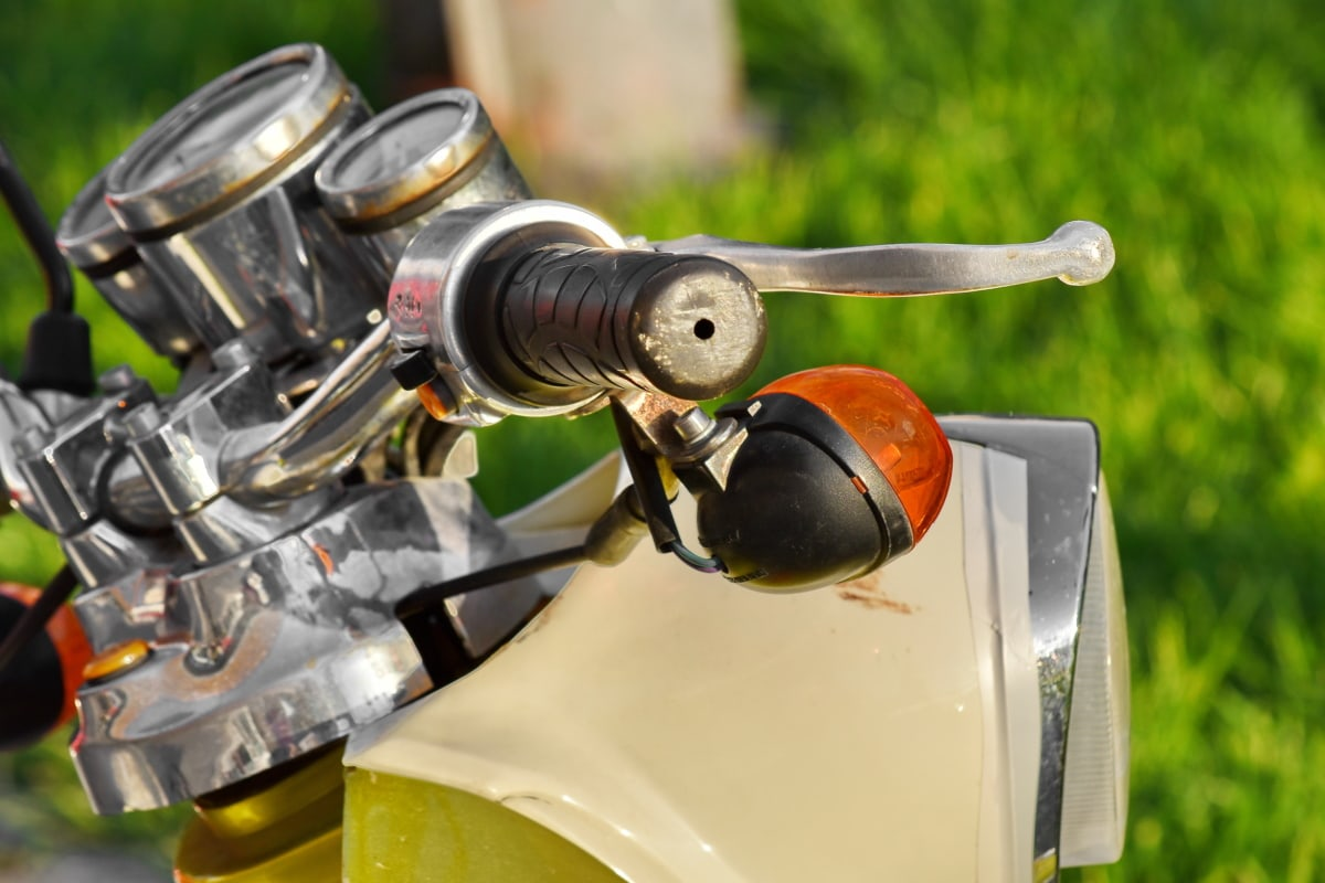 brake, handle, moped, steering wheel, device, outdoors, nature, summer, chrome, vehicle