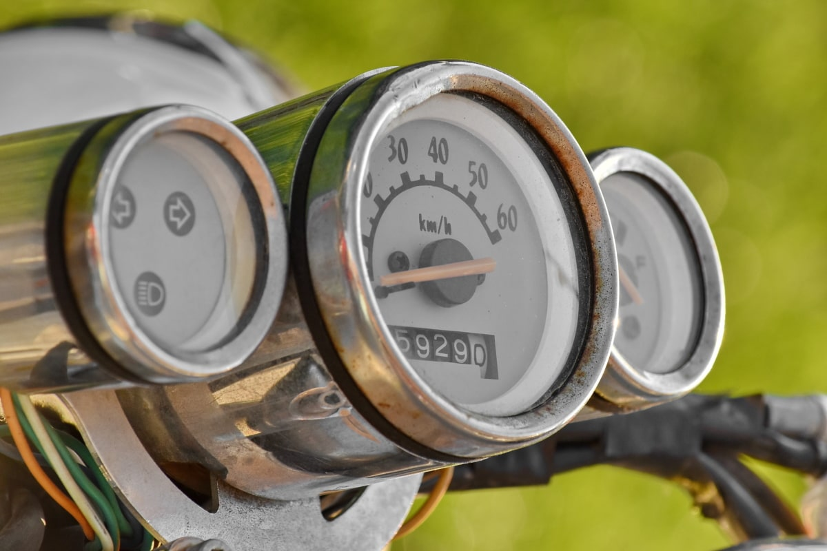 gauge, speedometer, odometer, instrument, gasoline, classic, old, chrome, outdoors, antique