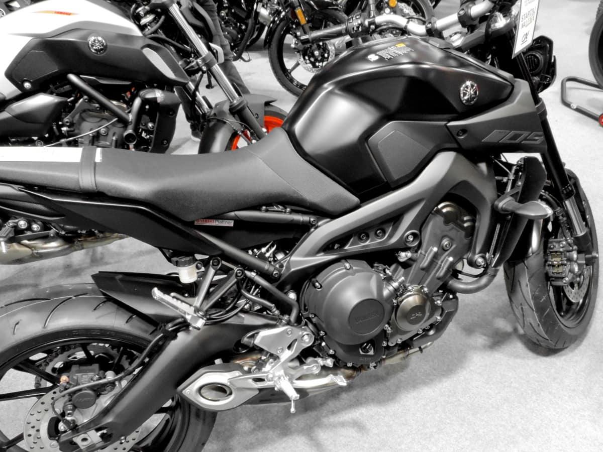 čierna a biela, garáž, motocykel, opravovňa, chróm, preprava, zariadenie, vozidlo, bicykel, koleso