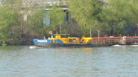 barge, water, ship, tugboat, boat, river, watercraft, vehicle, outdoors, nature