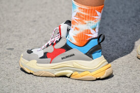 colorful, fashion, leisure, sneakers, sport, covering, footwear, foot, pair, shoe