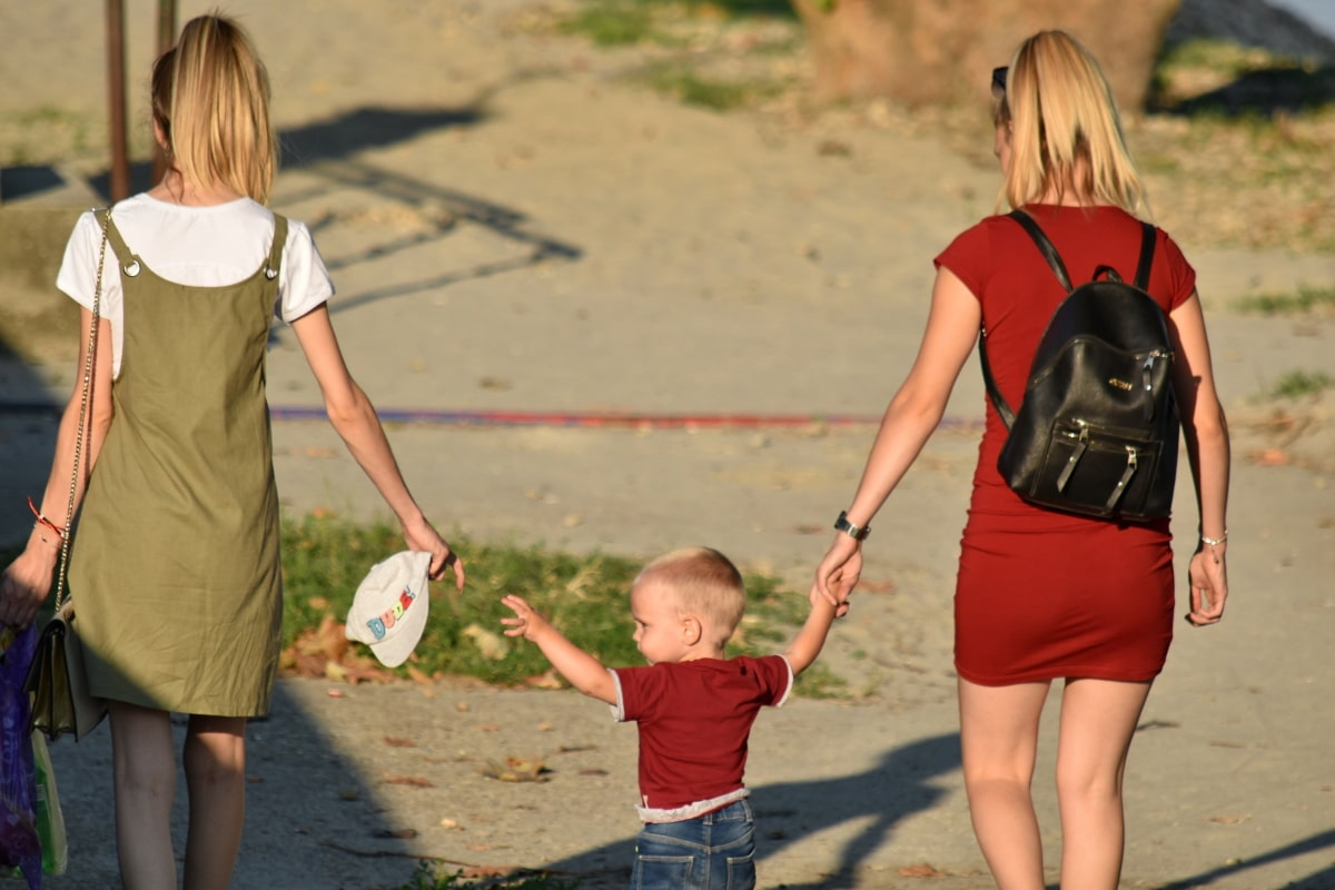 dieťa, šťastie, krásne dievča, sukňa, mladá žena, letné, žena, zábava, dievča, príroda