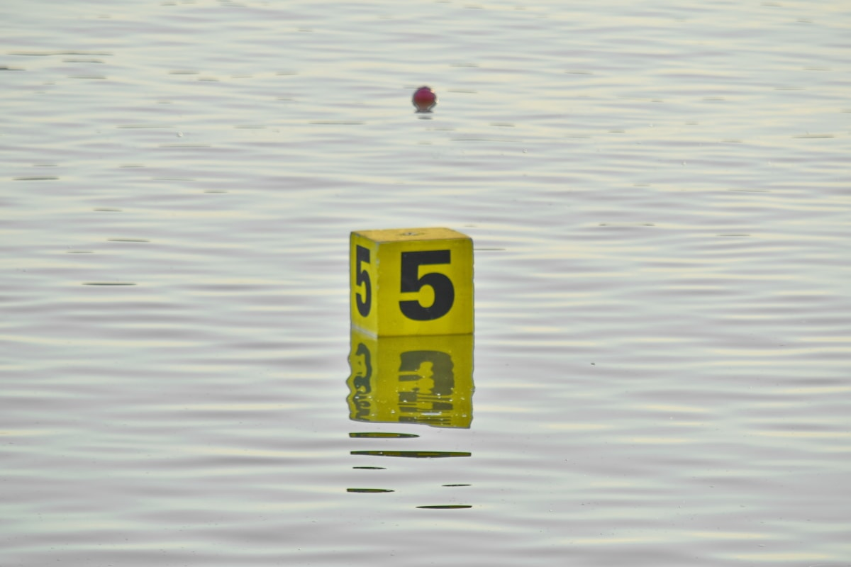 box, floating, number, water, reflection, nature, summer, outdoors, wet, horizontal