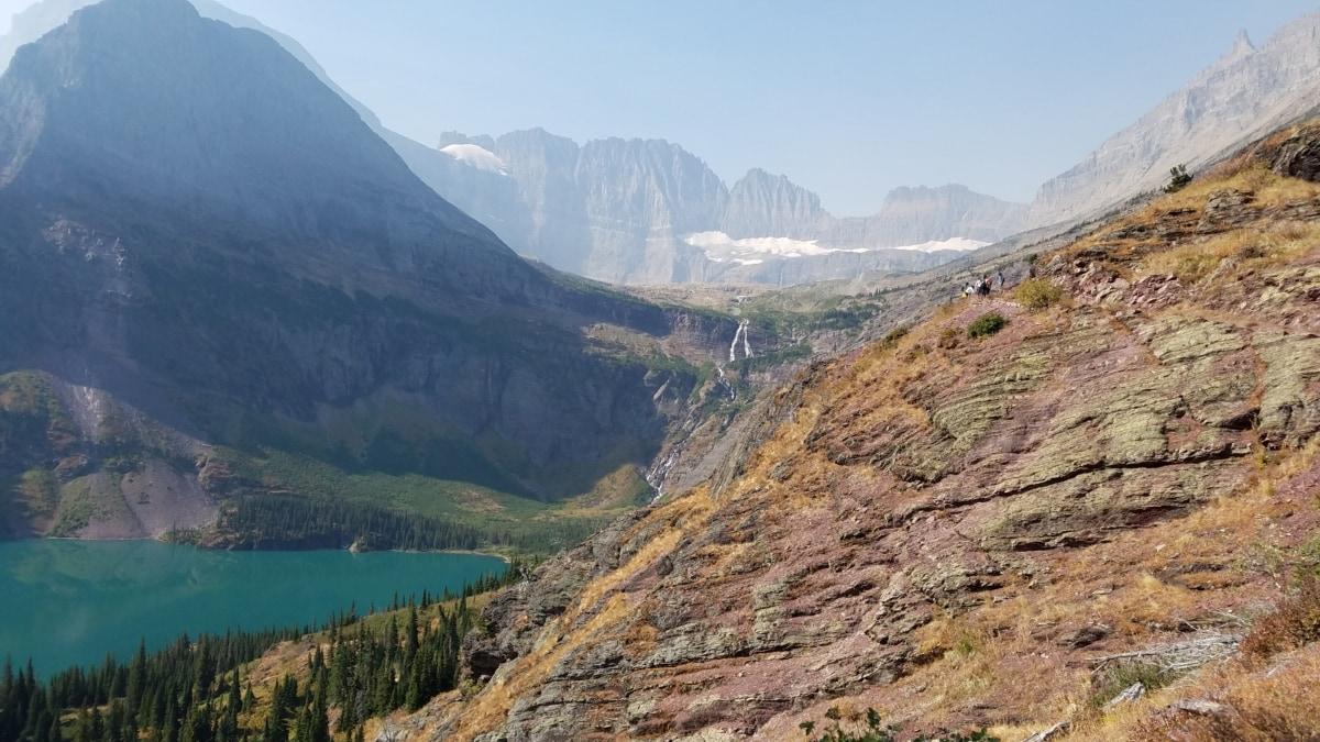 rantakallio, järven puolella, vuorenhuippu, vuorenkylki, kiertue, Matkailu, matkailukohde, alue, kanjoni, laakso