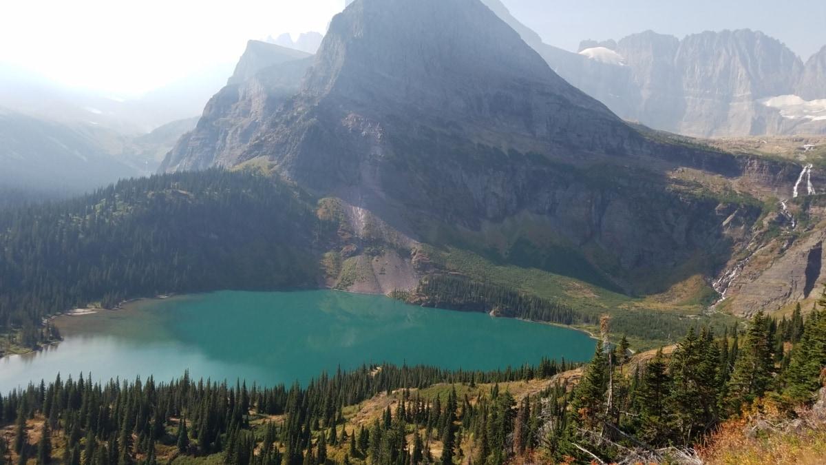 sumuinen, järven puolella, vuorenhuippu, vuorenkylki, kansallispuisto, vesi, maisema, alue, vuoret, järvi
