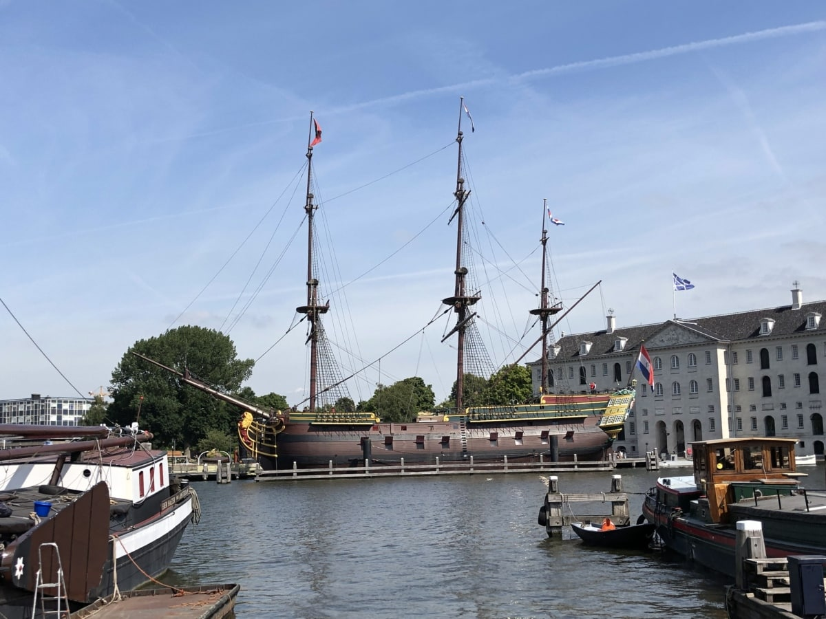 cruise ship, downtown, history, medieval, museum, tourist attraction, craft, boat, vehicle, ship